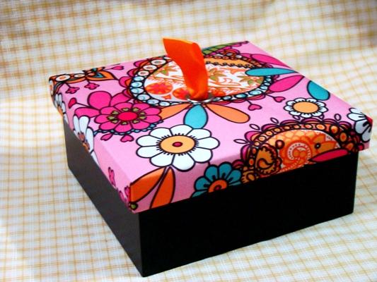 กล่องผ้าไหม กิ๊ฟเซ็ต ชุดของขวัญ กล่องบรรจุภัณฑ์ กันต์โตะ ชาดอกไม้ ชาสมุนไพร เชียงใหม่