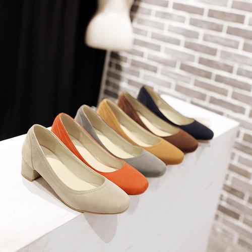 จำหน่ายรองเท้าแฟชั่น แบบมาใหม่ทุกวัน แบบไม่ซ้ำ นำเข้าของแท้จากเกาหลี ฮ่องกง