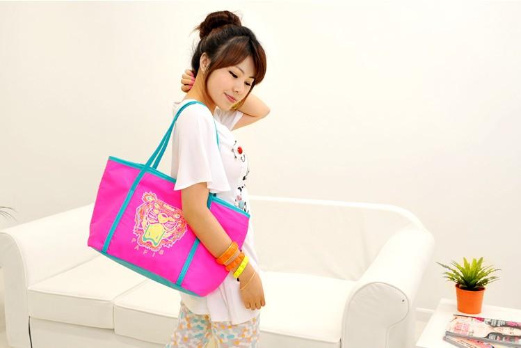 กระเป๋าสะพายไหล่  แฟชั่นเกาหลี  2013 8568