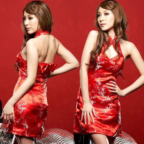 ชุดกี่เพ้า กระโปรงยาว  สีแดง
