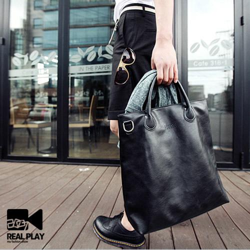 กระเป๋าผู้ชาย ราคาถูก กระเป๋าสะพาย ถือ มี สีดำ