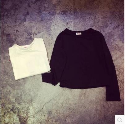 T-SHIRT   เสื้อยืดแขนยาวตัวสั้นแฟชั่น แฟชั่นสำหรับผู้หญิงสไตล์เกาหลี Harajuku  t-shirt