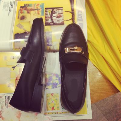 SHOES  รองเท้าคัทชูแฟชั่น รองเท้าหนังแฟชั่นสำหรับผู้หญิงแนววินเทจ leather   flat shoes  fashion