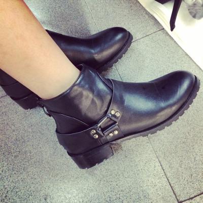 SHOES/BOOTS รองเท้าหนัง รองเท้าคัทชูแฟชั่น รองเท้าหนังแฟชั่นสำหรับผู้หญิง chelsea  boots / shoes  Korean  fashion
