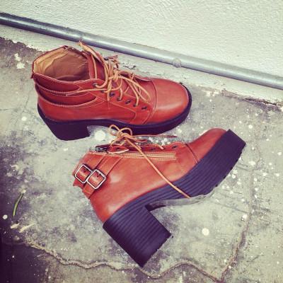 SHOES/BOOTS  รองเท้าคัทชูแฟชั่น รองเท้าบูทผู้หญิงแฟชั่น รองเท้าแฟชั่นสำหรับผู้หญิงสไตล์วินเทจ เกาหลี ญี่ปุ่นแฟชั่น