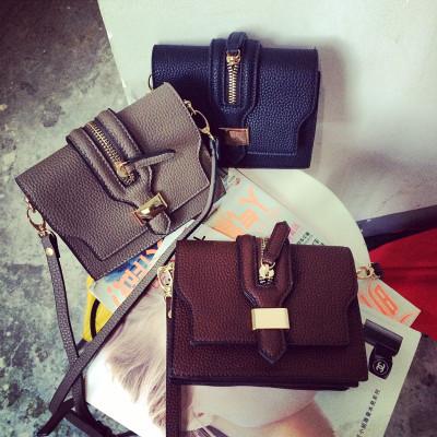 HANDBAG/MESSENGER BAGS กระเป๋าหนังผู้หญิงแฟชั่น กระเป๋าสะพายไหล่ผู้หญิงแฟชั่น กระเป๋าเครื่องสำอางแฟชั่นสำหรับผู้หญิง แฟชั่นเกาหลี ญี่ปุ่น สไตล์วินเทจ