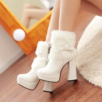 รองเท้าบู๊ทแฟชั่น (พร้อมส่งสีแอปรคอท size 37 )