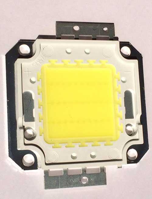 ฟิวส์สปอร์ไลท์ LED 30W Cold White (แสงสีขาว) 180 บาท/ชิ้น ไม่รวมส่ง