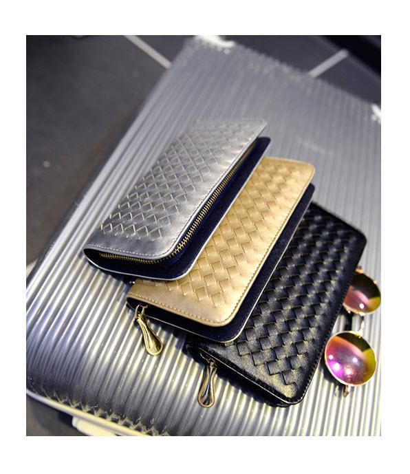 กระเป๋า  กระเป๋าสตางค์ กระเป๋าตัง กระเป๋าเงิน กระเป๋าแฟชั่น กระเป๋าสตางค์ผู้หญิง กระเป๋าแบรนด์ กระเป๋าหนัง กระเป๋าสตางค์เกาหลี กระเป๋าราคาถูก กระเป๋าถือ กระเป๋าสวยๆ กระเป๋านามบัตร กระเป๋าราคาถูก สีดำ ทอง บรอนด์