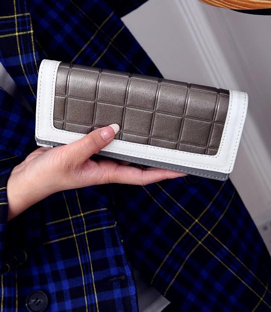 กระเป๋า  กระเป๋าสตางค์ กระเป๋าตัง กระเป๋าเงิน กระเป๋าแฟชั่น กระเป๋าสตางค์ผู้หญิง กระเป๋าแบรนด์ กระเป๋าหนัง กระเป๋าสตางค์เกาหลี กระเป๋าราคาถูก กระเป๋าถือ กระเป๋าสวยๆ กระเป๋านามบัตร กระเป๋าราคาถูก สีทอง บรอนด์ ดำ