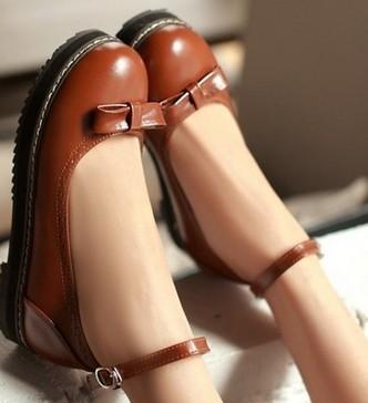 รองเท้าส้นแบน