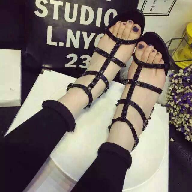 Pre-Order Stud Shoes