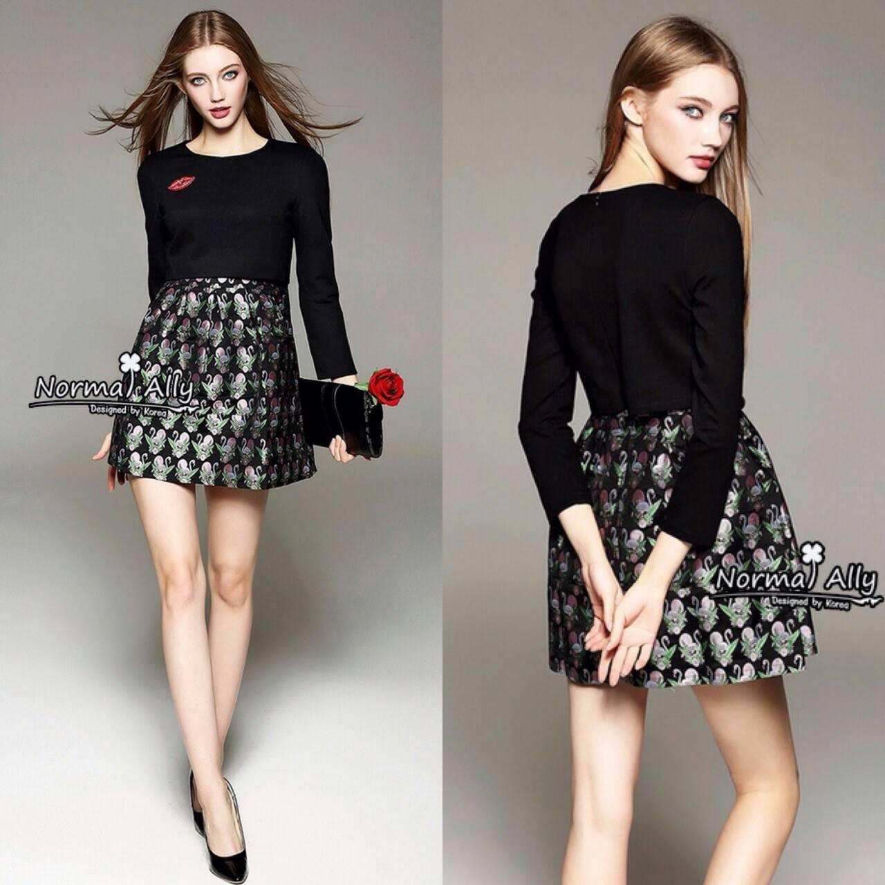 Normal Ally Present Fendi Autumn Collection SS Dress เดรสสีดำ