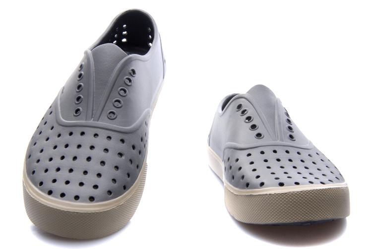 (พร้อมส่ง) รองเท้าผู้ชาย ผู้หญิง ราคาถูก รองเท้า NATIVE รุ่น MILLER มี เบอร์ 41-42 (M9)