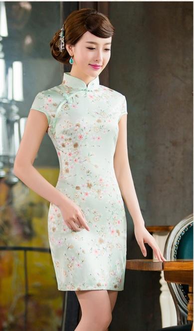 กี่เพ้าผ้าไหมซาตินลายดอกเดซี่#เขียว#L