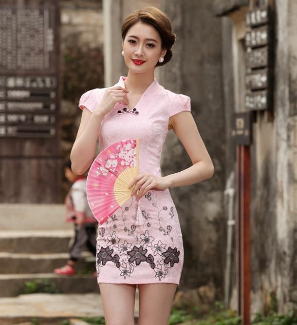 กี่เพ้าปักลายดอกไม้สีชมพู#XL