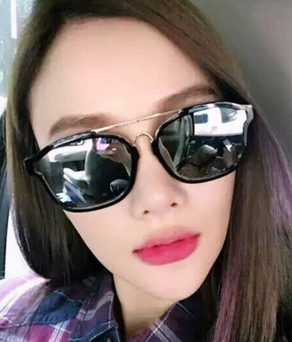 มี 4 สี แว่นตา แว่นตากันแดด แว่นตาแฟชั่น แว่น แว่นกันแดดแฟชั่น แว่นตาสวยๆ แว่นตาเกาหลี แว่นตาแนวๆ แว่นตาราคาถูก