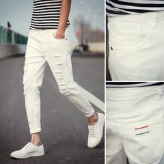 กางเกงผู้ชาย ราคาถูก กางเกงยีนส์ มี สีขาว สีดำ มี เบอร์ 28-34,36