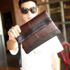 กระเป๋าผู้ชาย ราคาถูก กระเป๋าสะพาย กระเป๋าคลัทซ์  ถือ มี สีดำ สีน้ำตาล