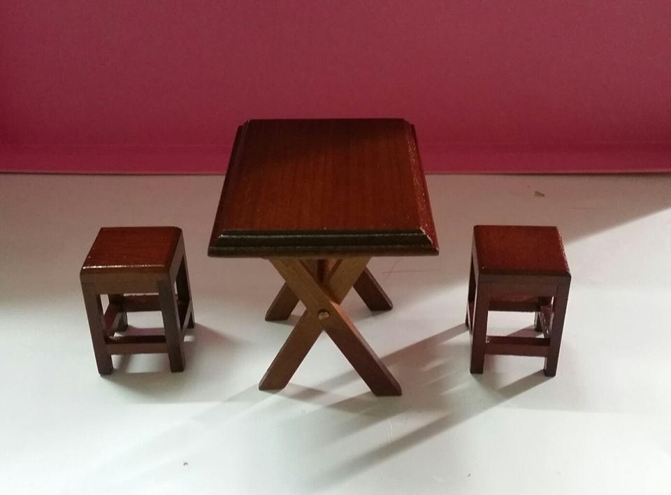 A002 - โต๊ะสี่เหลี่ยมจิ๋วขาพับได้ พร้อมเก้าอี้
