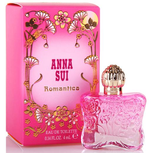 Anna Sui Romantica Eau De Toilette ขนาดทดลอง 4ml. EDT น้ำหอมกลิ่นฟลอร่าฟรุ๊ตตี้สำหรับหญิงสาว มนต์เสน่ห์ความหอมของดอกไม้ อัญมณีที่น่าหลงไหลจากเทพนิยาย หอมตราตรึงดั่งต้องมนต์ ให้ความสง่างามโดดเด่น มีลูกเล่นด้วยความสดชื่น เสน่ห์เฉพาะของ ANNA SUI