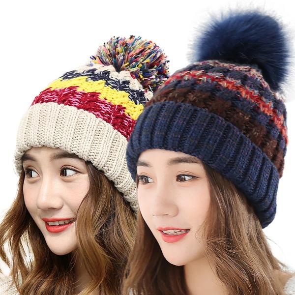 หมวกแฟชั่นกันหนาว หมวกไหมพรมกันหนาวผู้หญิง หมวกกันหนาวผู้หญิง