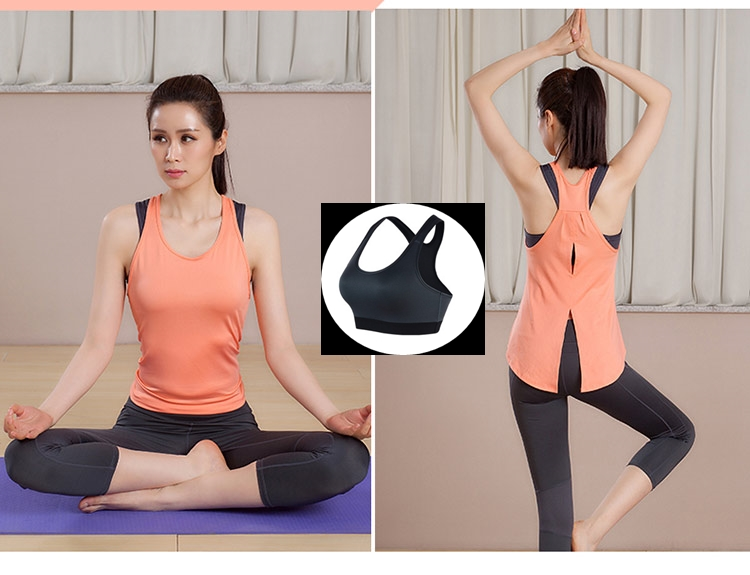 **พร้อมส่ง size XL สีส้ม ชุดออกกำลังกาย/โยคะ/ฟิตเนส เสื้อกล้าม+บรา+กางเกงขาห้าส่วน