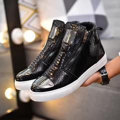 รองเท้าผู้ชาย ราคาถูก รองเท้าแฟชั่น รองเท้าผ้าใบ  มี สีดำ สีทอง สีเงิน มี ไซร์ 39-44