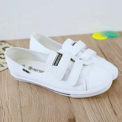 รองเท้าผู้หญิง ราคาถูก รองเท้าผ้าใบ รองเท้าแฟชั่น มี สีดำ สีขาวแดง สีขาว มี ไซร์ 35-40