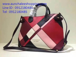 Burberry leather shoulder bag Top Hiend size 34 cm หนังแท้คุณภาพดีน่าใช้ งานสวยคุณภาพดี