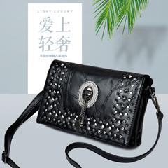 กระเป๋าผู้หญิง ราคาถูก กระเป๋าสะพายข้าง กระเป๋าถือ มี สีดำ