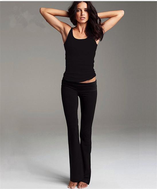 **พร้อมส่ง สีดำ size S เสื้อกล้ามดำคอตัว U-กางเกงขายาวม้า