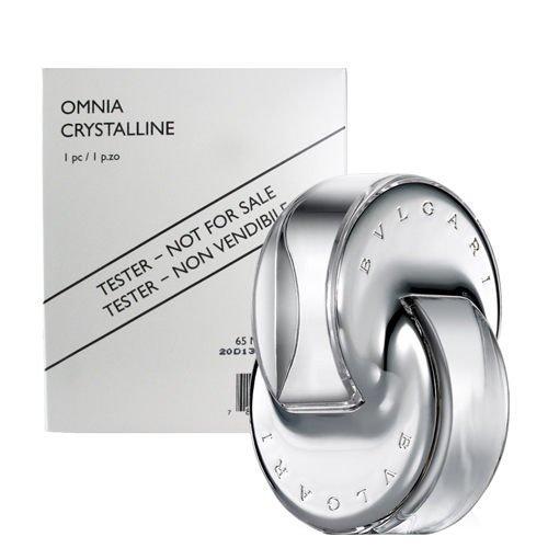Bvlgari Omnia Crystalline Eau De Toilette 65ml. (Tester กล่องขาวเทสเตอร์ ปริมาณเท่าสินค้าจริง) น้ำหอมกลิ่นหอมละมุนจากธรรมชาติอย่าง ดอกบัว ไผ่ และไม้ยืนต้น เหมาะกับสาวๆที่ทันสมัยผู้หลงใหลในกลิ่นหอมแบบนุ่มๆ ขวดน้ำหอมที่ได้รับแรงบันดาลมาจากคริสตัล ใส บ่งบอกถ