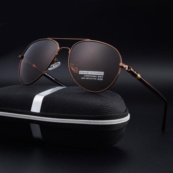 แว่นกันแดด ราคาถูก แว่นตากันแดด มี สีกรอบเงิน สีกรอบน้ำตาล สีกรอบดำ สีกรอบเงินเข้ม