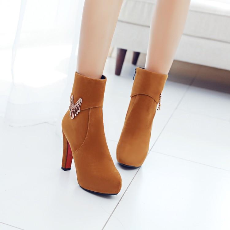 พร้อมส่ง - รองเท้าบูทสีน้ำตาล ไซส์ 37