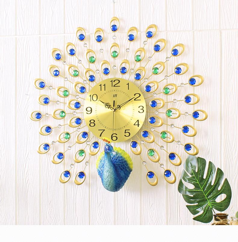 นาฬิกาติดผนังขนาดใหญ่ รูปนกยูงกางหางสามมิติ สวย สง่าไม่ซ้ำใคร ติดมุมไหนก้สวยคะ
