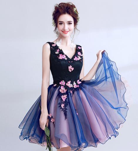 เสื้อผ้าผู้หญิง ชุดราตรีสั้น สีน้ำเงินเข้มตามรูป