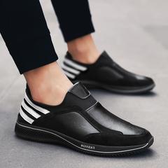 รองเท้าผู้ชาย ราคาถูก รองเท้าผ้าใบ รองเท้าแฟชั่น มี สีดำ สีไวน์แดง มี ไซร์ 38-44