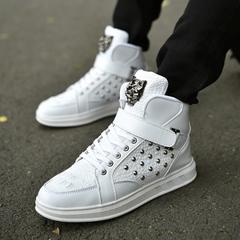 รองเท้าผู้ชาย ราคาถูก รองเท้าผ้าใบ รองเท้าแฟชั่น มี สีดำ สีขาว สีแดง มี ไซร์ 35-44
