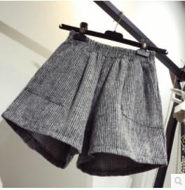 กางเกงขาสั้น เอวยางยืด มีสี เทา มีไซส์ L/XL/2XL/3XL/4XL