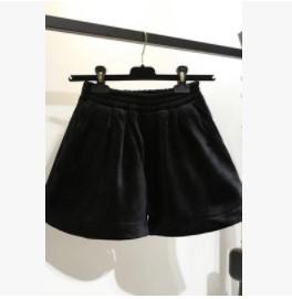 กางเกงขาสั้น เอวยางยืด ผ้ากำมะหยี่ มี2สี น้ำตาล/ดำ มีไซส์ XL/2XL/3XL/4XL