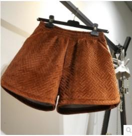 กางเกงขาสั้น เอวยางยืด มี2สี น้ำตาล/ดำ มีไซส์ L/XL/2XL/3XL/4XL