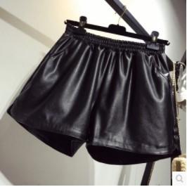 กางเกงขาสั้น เอวยางยืด ผ้ามัน มี2สี เทา/ดำ มีไซส์ XL/2XL/3XL/4XL
