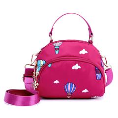 กระเป๋าผู้หญิง ราคาถูก กระเป๋าสะพายข้าง กระเป๋าถือ มี สีดำ สีน้ำเงิน สีชมพู (เล็ก/ใหญ่)