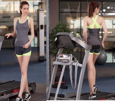 **2ชิ้น  size M/L เขียว ชุดโยคะ/ชุดออกกำลังกาย เสื้อกล้าม+กางเกงขาสั้น