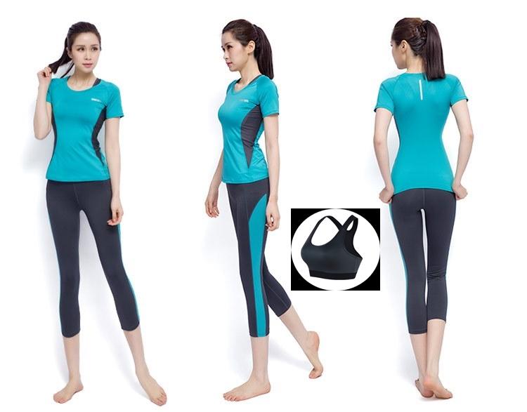 **พร้อมส่ง size M/L/XL สีฟ้า ชุดออกกำลังกาย/โยคะ/ฟิตเนส เสื้อแขนสั้น+บรา+กางเกงสี่ส่วน