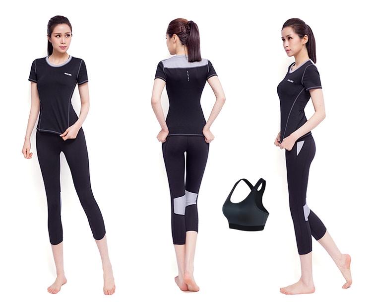 **3ชิ้น  size L สีดำ-เทา ชุดออกกำลังกาย/โยคะ/ฟิตเนส เสื้อแขนสั้น+บรา+กางเกงสี่ส่วน
