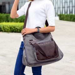 กระเป๋าผู้ชาย กระเป๋าผู้หญิง ราคาถูก กระเป๋าสะพายข้าง กระเป๋าถือ เท่ๆ มี สีเทา สีกากี สีฟ้า สีน้ำตาล