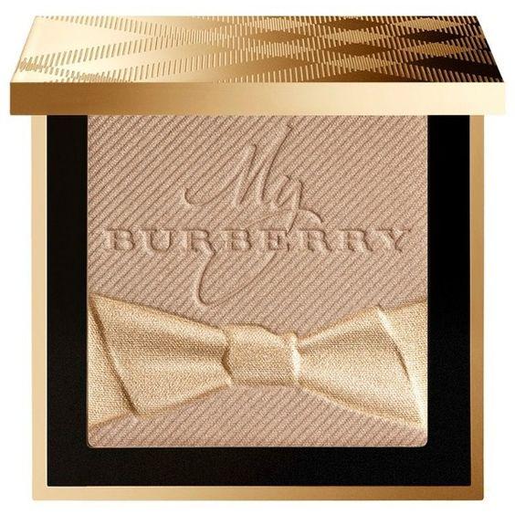 *ราคาพิเศษ*Burberry Gold Glow Fragranced Luminising Powder Limited Edition No.02 Gold Shimmer ขนาดปกติ 10 g. แป้งสุดหรูงาน Limited Edition มาแล้วค่าา แป้งตัวนี้มีเนื้อสัมผัสแบบ silky smooth texture ที่จะมอบความสมูทให้กับผิวหน้าได้เป็นอย่างดี พร้อมกันนั้นย