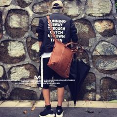 กระเป๋าผู้ชาย กระเป๋าผู้หญิง ราคาถูก กระเป๋าสะพายข้าง กระเป๋าถือ เท่ๆ มี สีดำ สีน้ำตาล